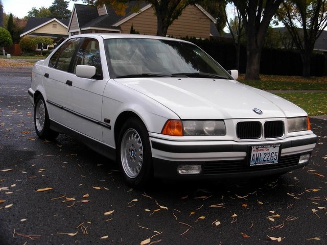 BMW 3 Series 1995 price $2,995