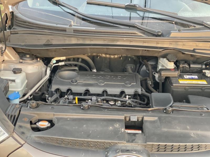 Hyundai Tucson 2011 price $7,988