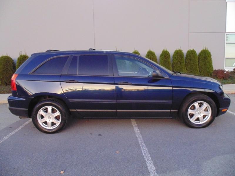 Chrysler Pacifica 2005 price $2,999