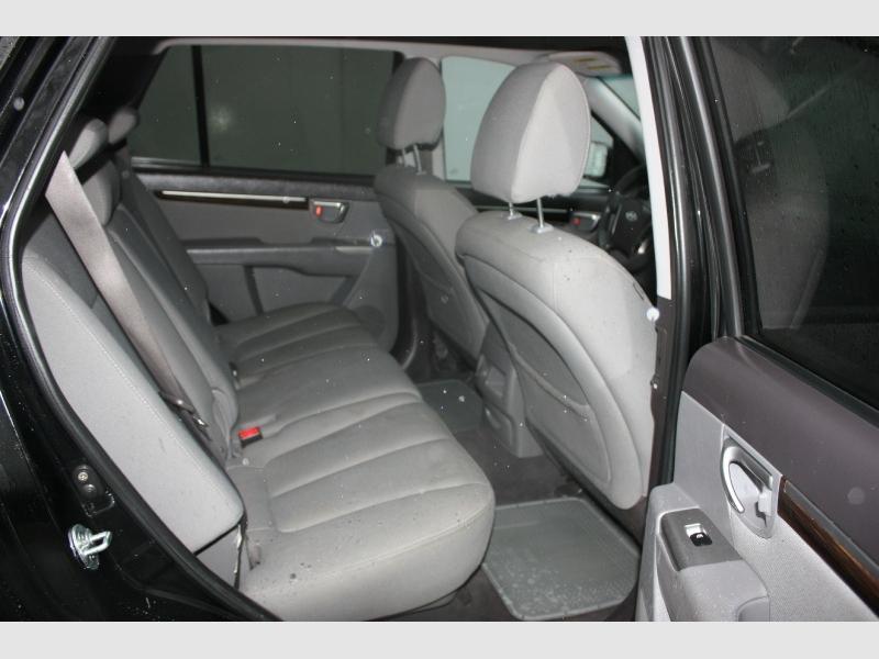Hyundai Santa Fe 2010 price $6,500