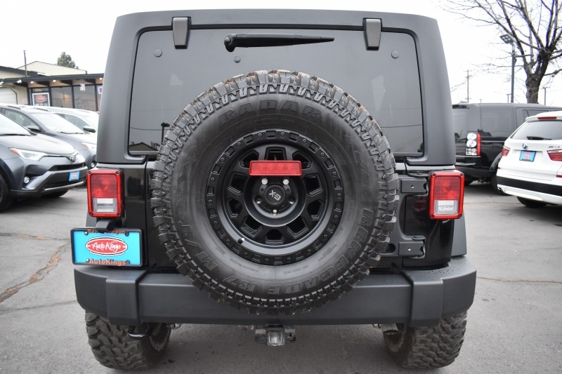 Jeep Wrangler Unlimited 2015 price $29,998