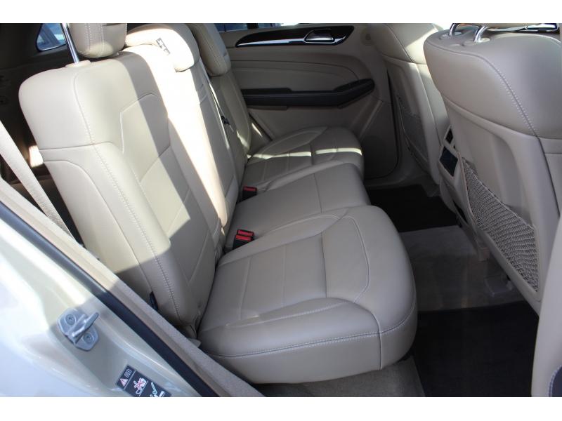 Mercedes-Benz M-Class 2012 price $16,250