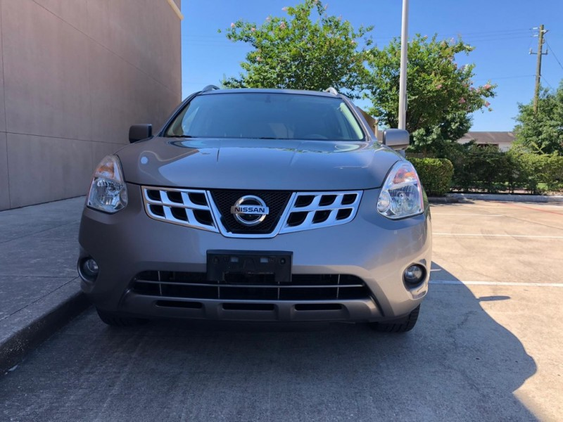 Nissan Rogue 2012 price $7,999