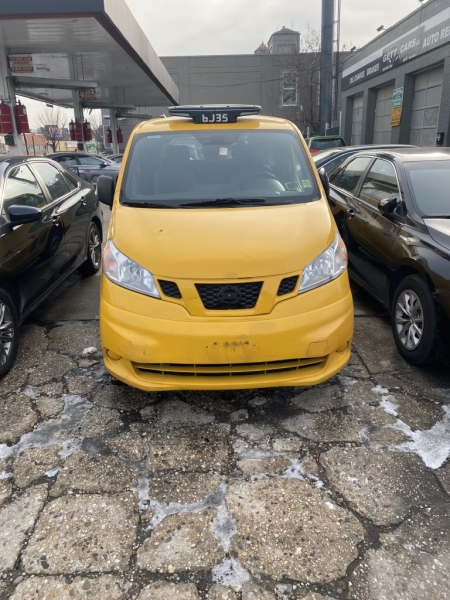 Nissan NV200 Taxi 2014 price $6,500
