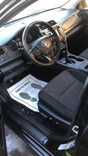 Toyota Camry Hybrid 2015 price $9,500