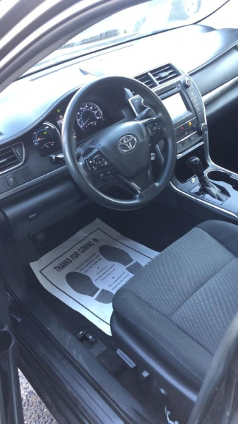 Toyota Camry Hybrid 2015 price $8,000