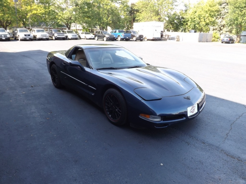 Chevrolet Corvette 2000 price $13,995