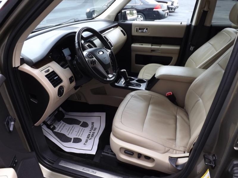 Ford Flex 2013 price $13,995