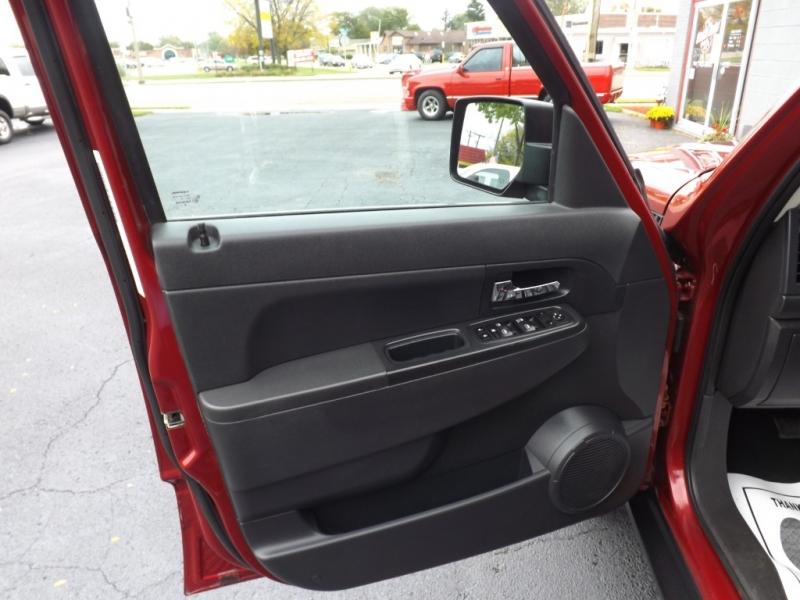 Jeep Liberty 2012 price $9,495