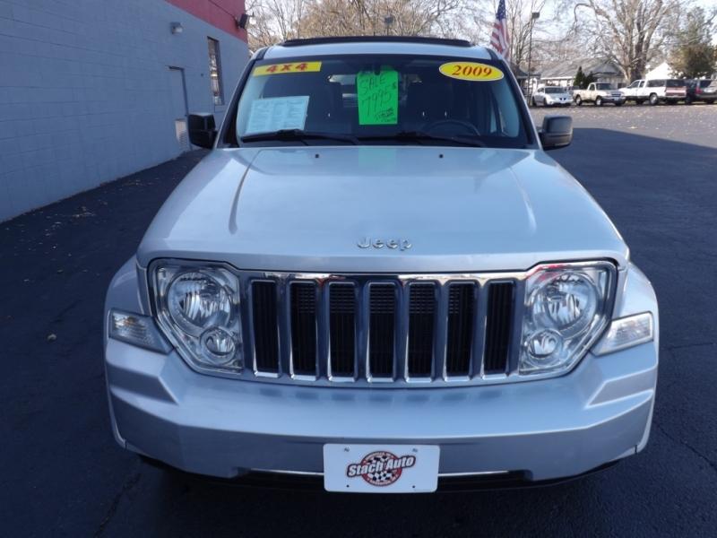 Jeep Liberty 2009 price $7,995