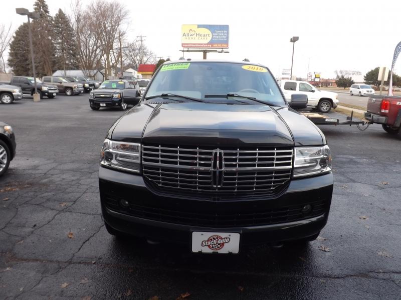 Lincoln Navigator 2010 price $13,995