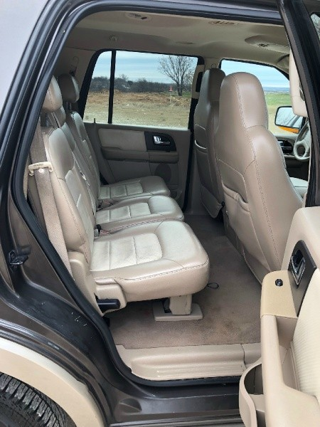 Ford Expedition 2005 price $4,375