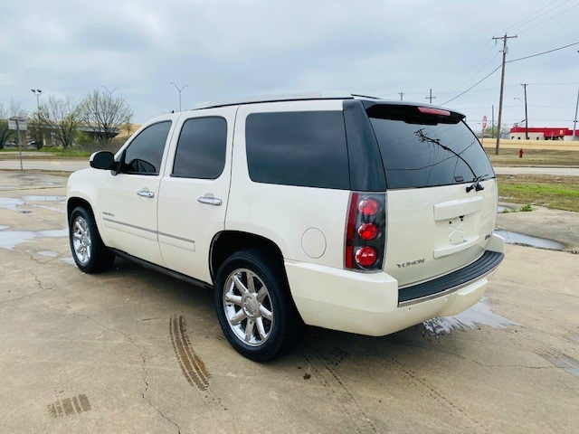 GMC Yukon 2012 price $12,995