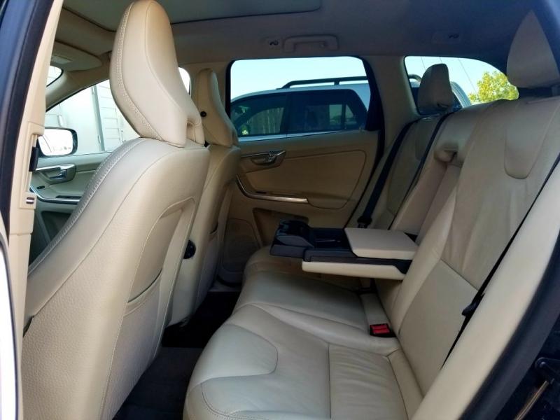VOLVO XC60 2012 price $10,995