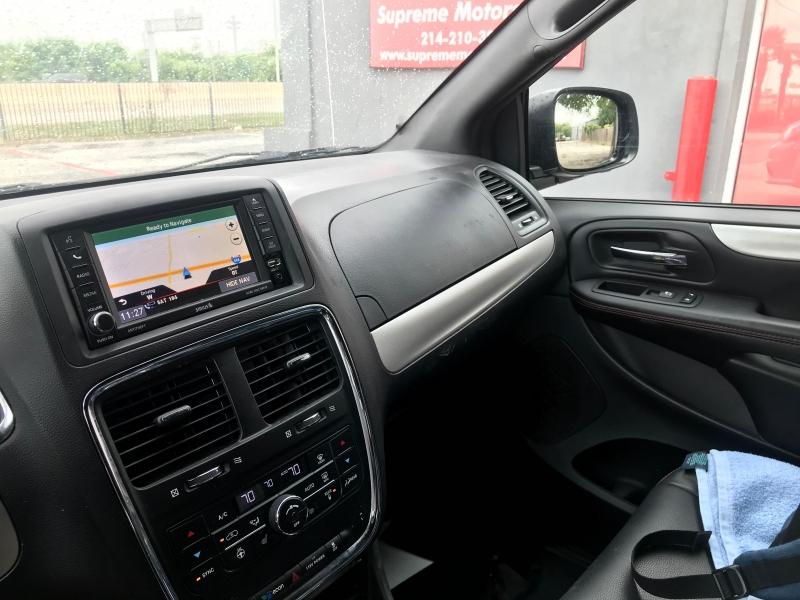 Dodge Grand Caravan 2017 price $9,900