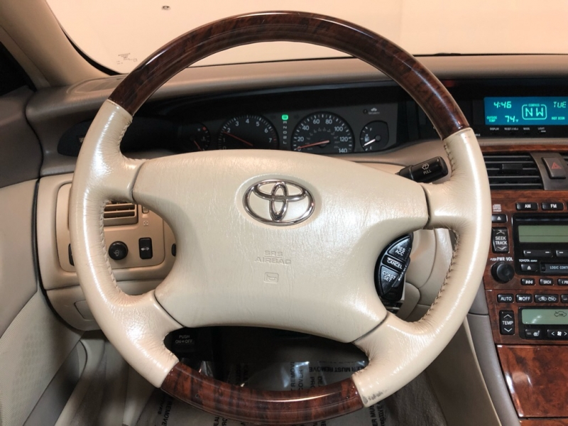 TOYOTA AVALON 2004 price $4,900