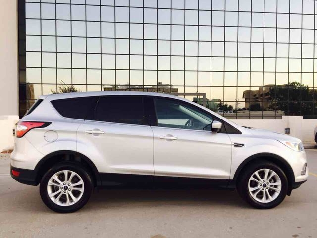 Ford Escape 2017 price $16,998