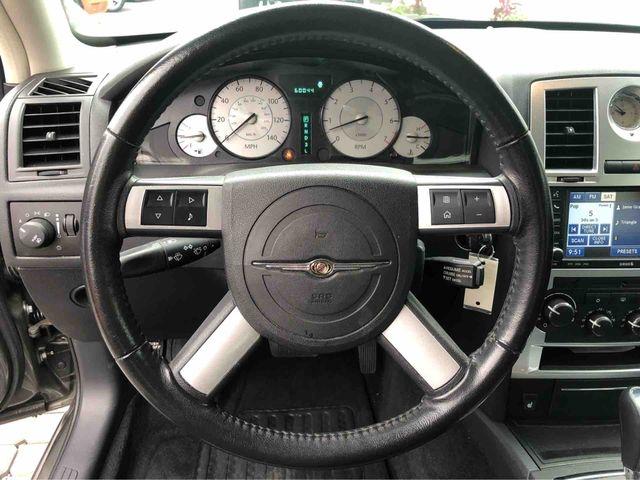 Chrysler 300 2010 price $10,998