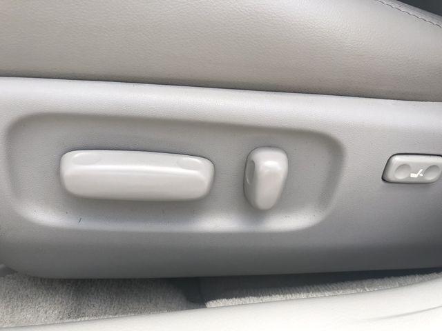 Toyota Avalon 2009 price $8,888