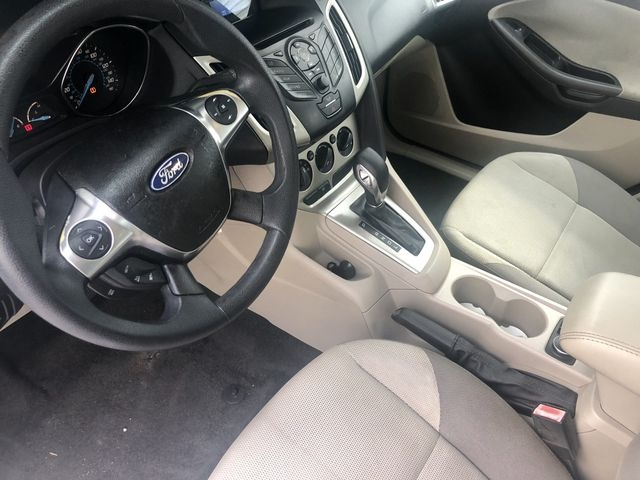 Ford Focus 2012 price $5,888