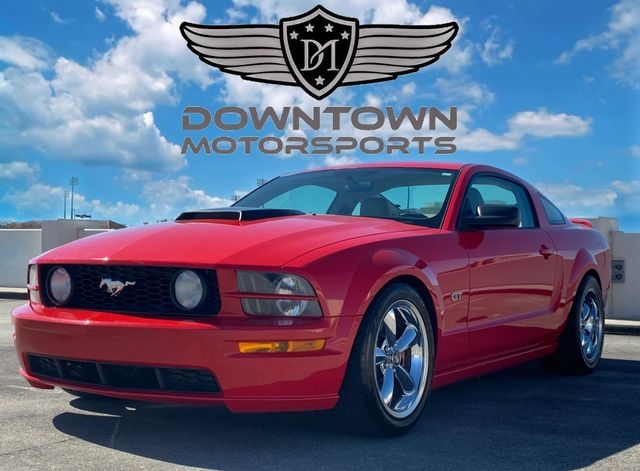 Ford Mustang 2006 price $9,998