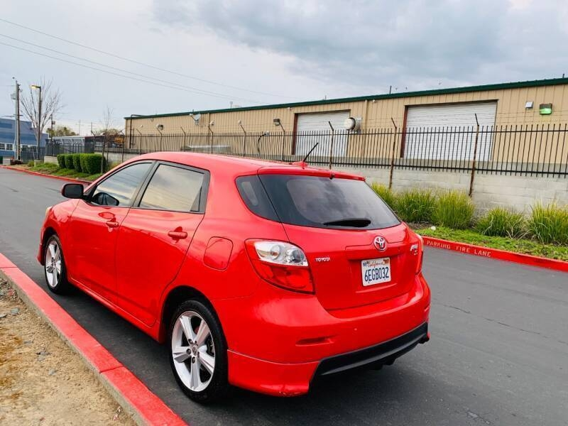 Toyota Matrix 2009 price $1,995