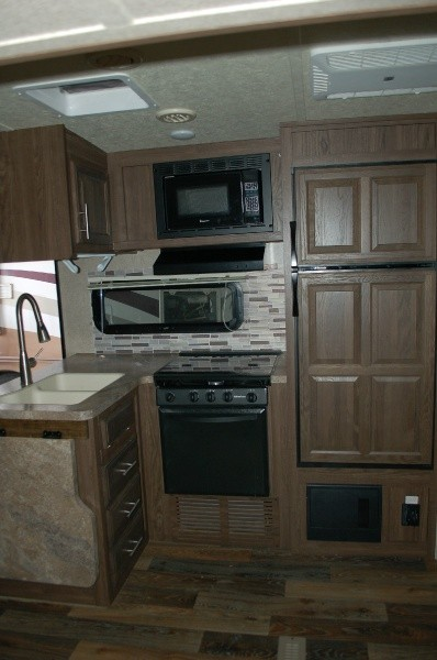 Forest River Flagstaff 831BHDS 2017 price $21,000