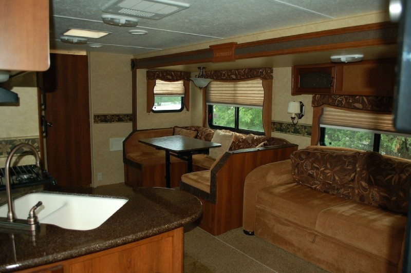 Prime Time by Forest River Lacrosse Luxury Lite 265BHS 2012 price $14,750