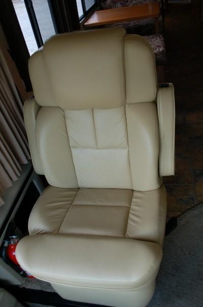 Holiday Rambler Navigator 1993 price $22,500
