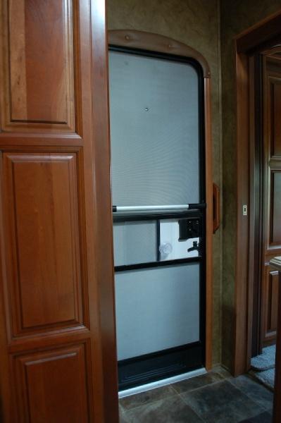 Redwood RV 38FL 2014 price $49,900
