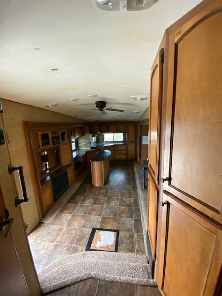 Crossroads Sunset Reserve 34RK 2013 price $15,000