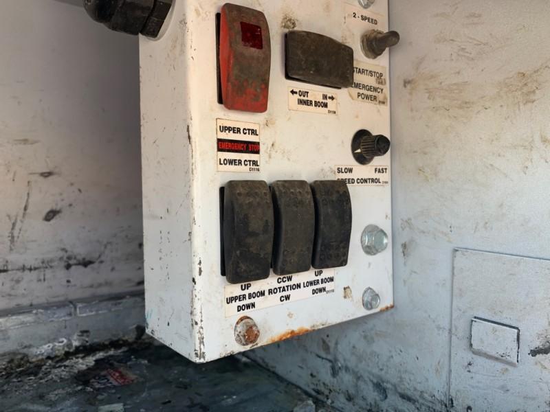 Ford F550 V10 Bucket Service Utility 2011 price $29,900