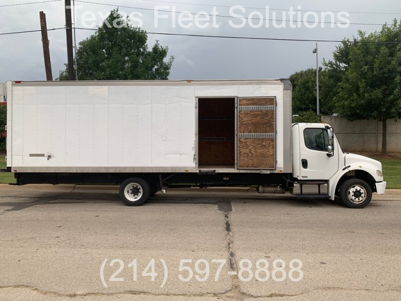 Freightliner M2 26FT BOX 2008 price $24,900