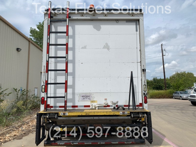 Freightliner M2 Business 24 ft Box 2008 price $25,900