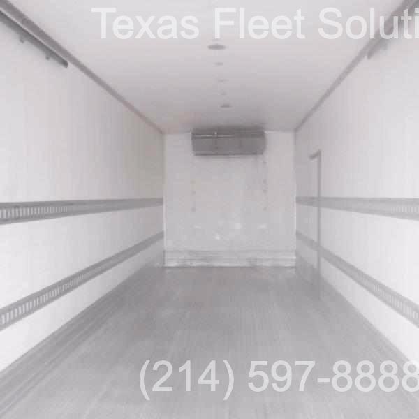 Freightliner M2 26FT Reefer 2011 price $35,900