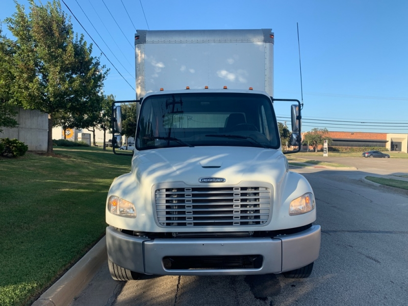 Freightliner M2 Business26 ft 102,103 2012 price $28,900