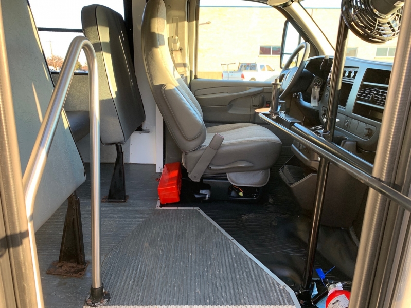 Chevrolet Express Commercial Cutaway 2010 price $21,900