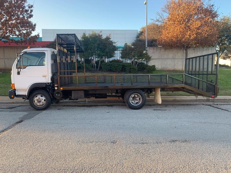 NISSAN UD 1400 2002 price $12,900