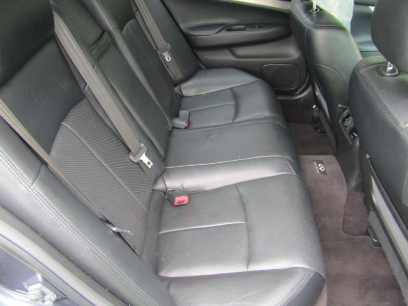 Infiniti G25 Sedan 2012 price $7,995