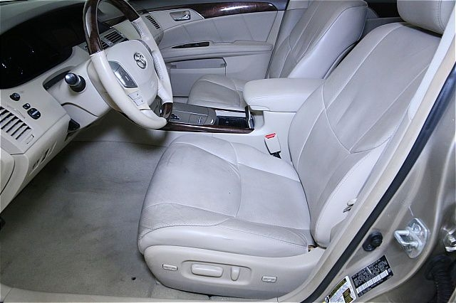 Toyota Avalon 2008 price $500
