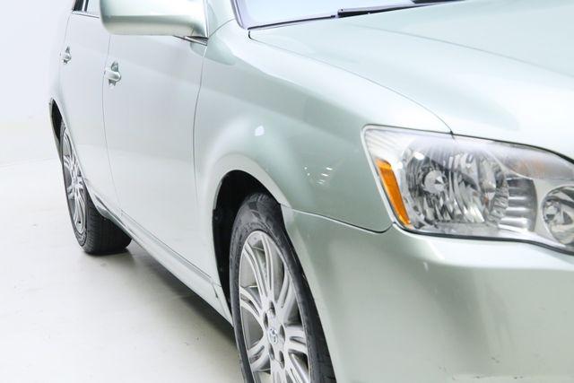 Toyota Avalon 2006 price $5,995