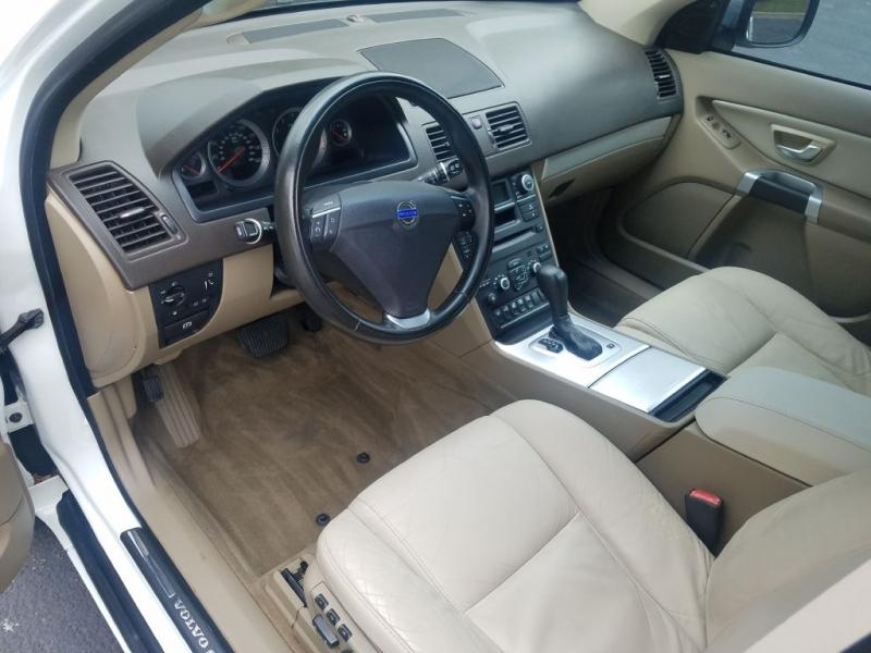 VOLVO XC90 2013 price $7,995