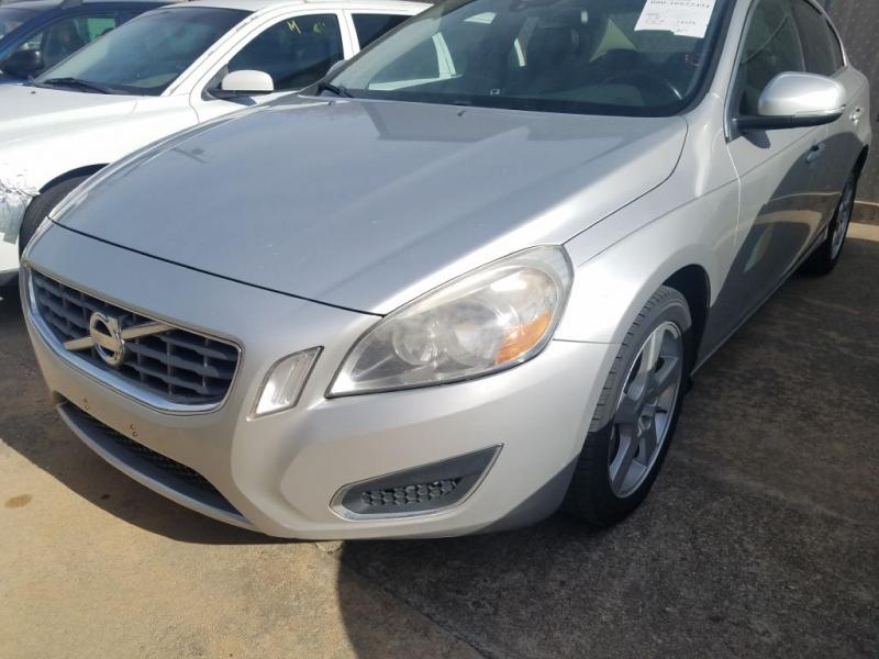 VOLVO S60 2012 price $7,995