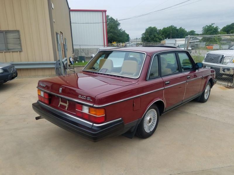 VOLVO 244 1989 price $12,995