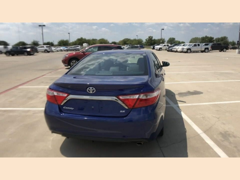 Toyota Camry 2016 price $16,300