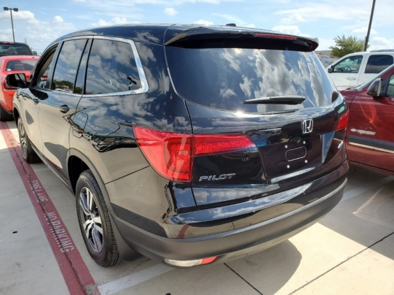 Honda Pilot 2018 price $27,500