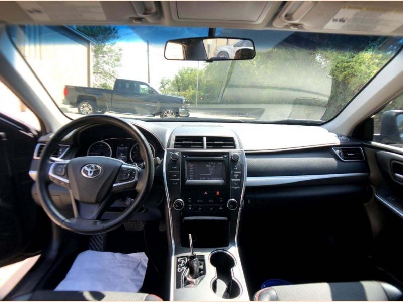 Toyota Camry 2017 price $15,500
