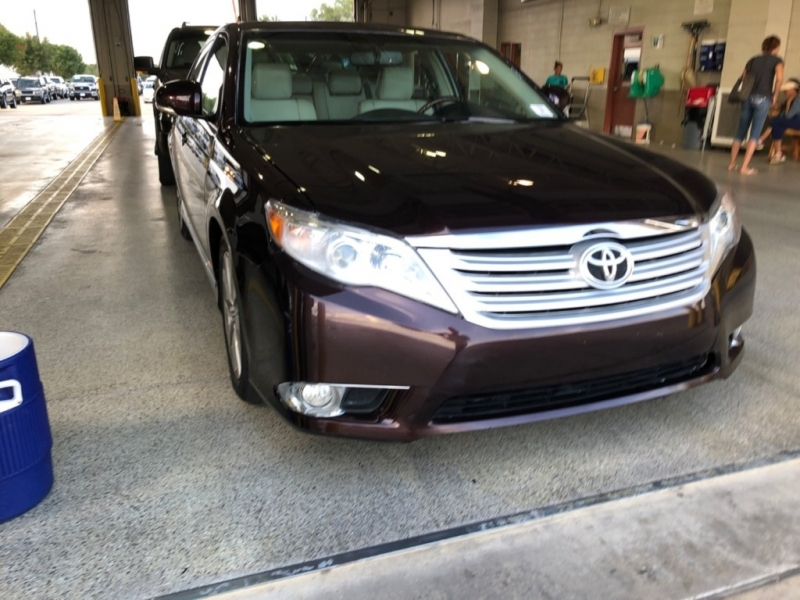 Toyota Avalon 2012 price $12,500