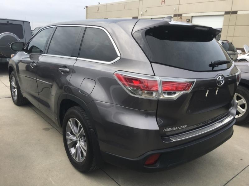 Toyota Highlander 2016 price $22,500