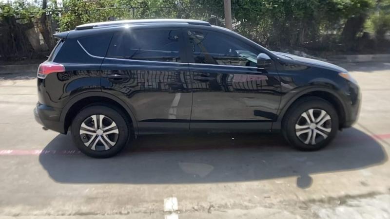 Toyota RAV4 2018 price $17,500